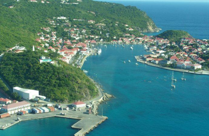 Louer une voiture pour vivre une expérience originale en Guadeloupe