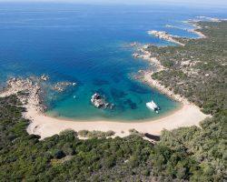 Découvrir la Corse en Catamaran