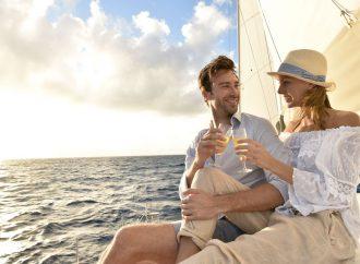Pourquoi louer un yacht à Cannes pour votre lune de miel?