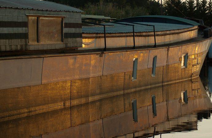 La location d'une péniche sur le canal du Midi
