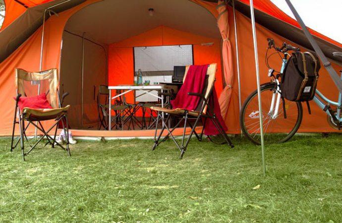 Camping en toile de tente ou en mobilhome : avantages et inconvénients